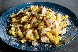 Paste Pollo E Funghi