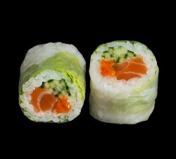 Spicy Salmon Summer Roll image