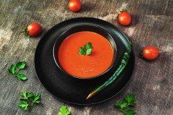 Supă cremă de roșii și ardei copt & crutoane home made  image