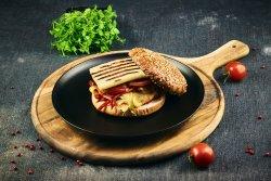 Burger vegetarian cu Halloumi image