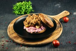 Pulled pork & cartofi wedges image