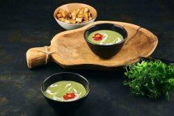 Supăcremade broccoli & crutoanefăcuteîncasă image