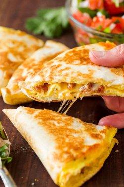 Mic dejun Quesadilla Simple image