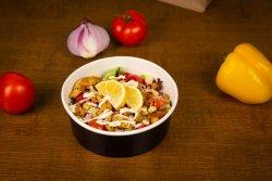Salată Rucola cu pui și ciuperci image