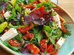 Salată Vegană image