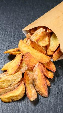 Cartofi prăjiți cu sare image