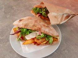 Sandwich piept de pui image
