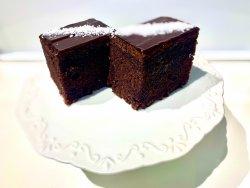 Negresă cu glazură fină de ciocolată image