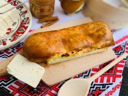 Plăcintă cu brânză telemea image