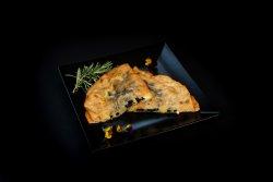 Langoș umplut cu mozzarela și măsline  image