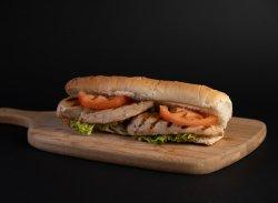 Sandwich cu Piept de Pui image