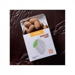 Boabe de cacao învelite în ciocolată crudă + BANANE image