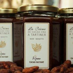 Cremă tartinabilă de cacao crudă și alune de pădure image
