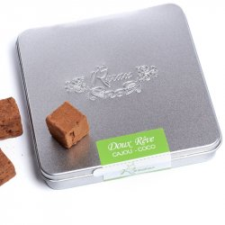 Trufe de ciocolată crudă cu nuci caju și cocos image