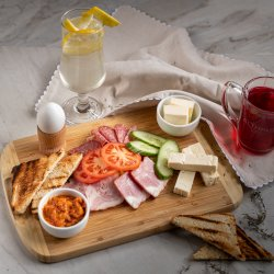 Mic dejun sibian / Local breakfast image
