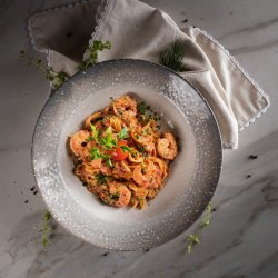 Paste cu creveți și dovlecei / Pasta with Shrimps and zucchini image