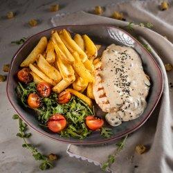 Pui mediteranian cu cartofi cajun / Mediteranean chicken with cajun potatoes image