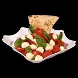 Salată Basilico image