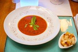 Supă de roșii cu bocconcini image