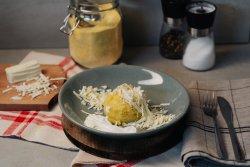 Mămăliga, brânză, smântână image