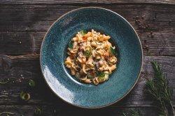 Campanelle con zucchine e salsiccia image