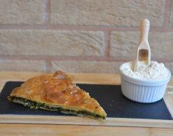 Plăcintă cu spanac image