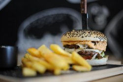 Double Cheeseburger with fries & garlic image