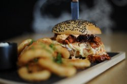 Pulled Chicken Burger with fries & garlic image