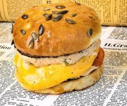Goldy Burger image