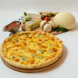 Pizza Quattro Formaggi 41 cm
