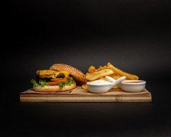 Black Angus Premium + cartofi dippers image