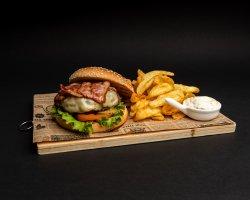 Club House Bacon + cartofi dippers image