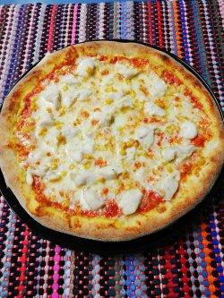 Pizza cu pui 1+1 Gratuit + Suc gratis image