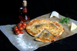 Pizza Quattro formagi 30 cm image