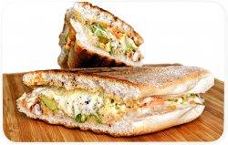 Sandwich cu somon fume image