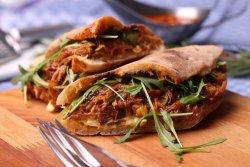 30% Reducere Pulled pork Sandwich  image