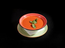 Supa crema de rosii cu ardeo copt si busuioc  image