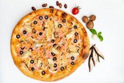 Pizza Capriccioasa image