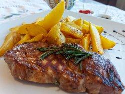Carne de porc la grătar+garnitură la alegere image