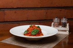 Spaghetti al pomodoro e basilico image
