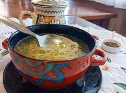 Supă de pui cu tăiței image