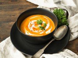 Supă cremă de dovleac vegană image