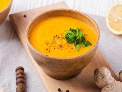 Supă cremă de morcovi cu ghimbir vegană image
