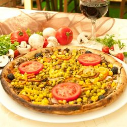 Pizza de post (Thalia) + o băutură GRATUIT
