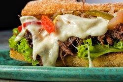 Senviș Philly Cheese image