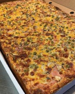 Pizza Family - Rusticana + o băutură gratis image