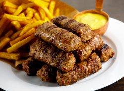 10 Mici cu Muștar și Cartofi Prăjiți image