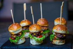 Mini burgers image