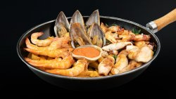 Grilled Seafood Basket - 2 persoane image