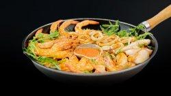 Calamari & shrimp basket - 2 persoane image